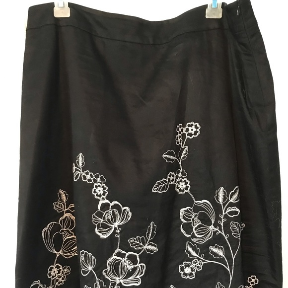 Covington Dresses & Skirts - Covington by JC Penney black a-line skirt